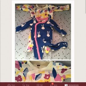 2 baby girl pajamas.
